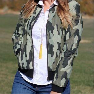Agnes & Dora green camo bomber jacket large